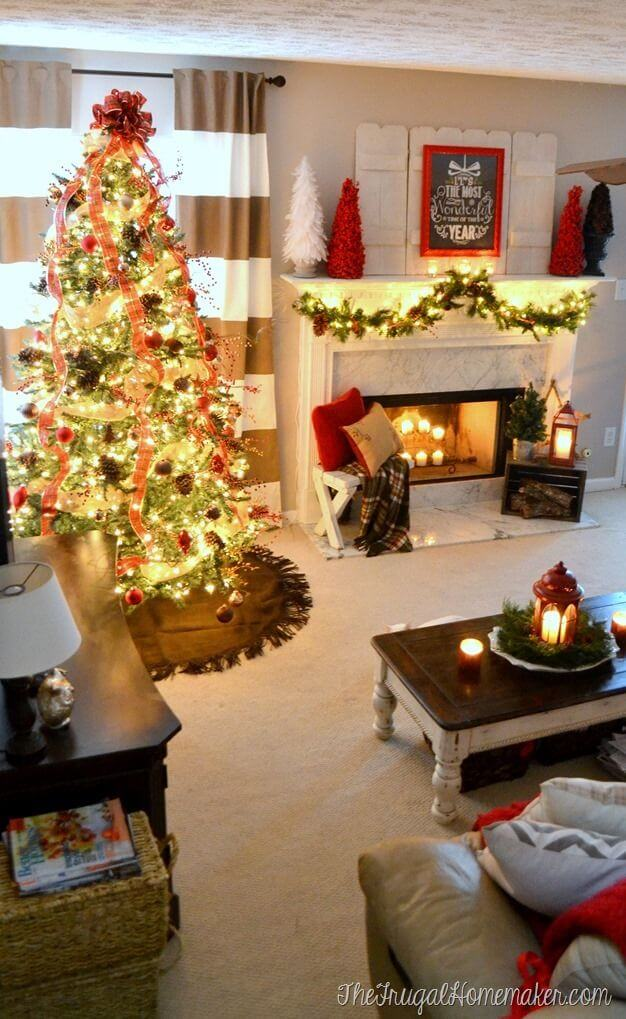 14 fantastic christmas decoration ideas for your living room for Living room xmas decorations