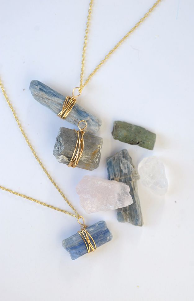 14 Impressive DIY Necklaces To Make Today