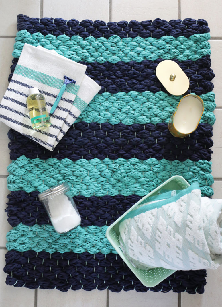 17 Easy Diy Bathroom Mats To Make For 2019 Craftsonfire